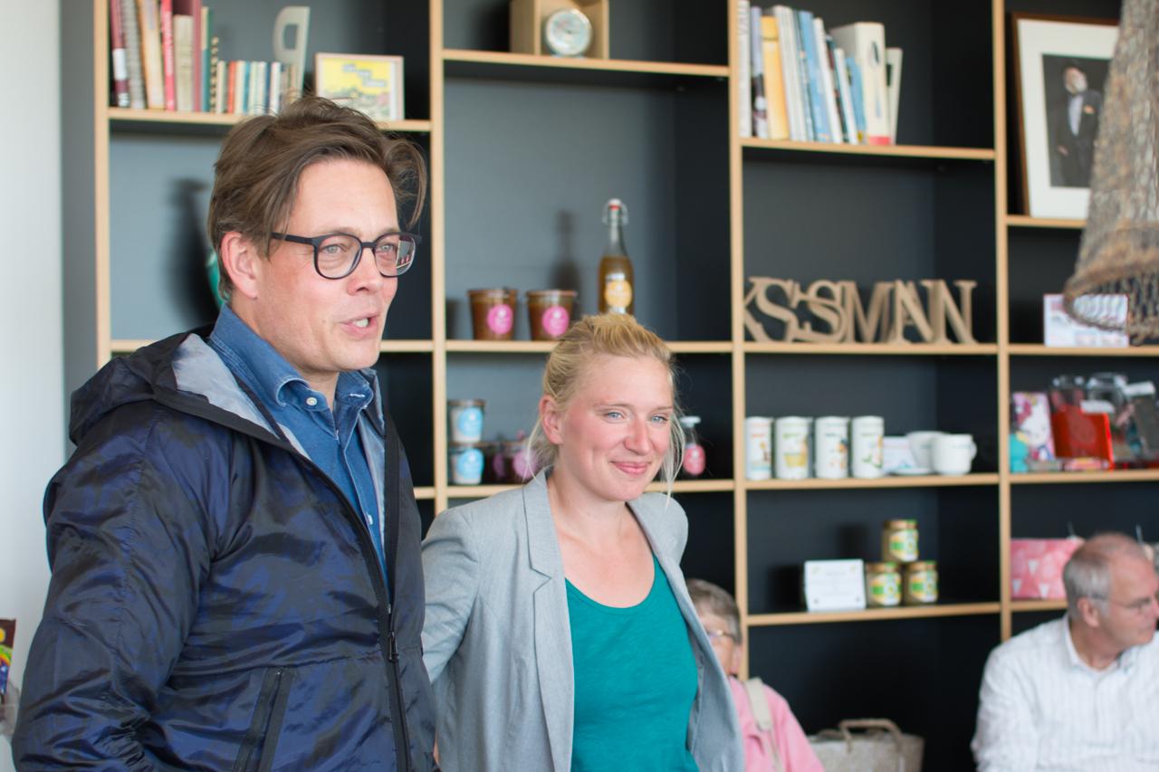 Konstantin von Notz und Luise Amtsberg beim Auftakt ihrer gemeinsamen Darum-Grün-Tour durch Schleswig-Holstein