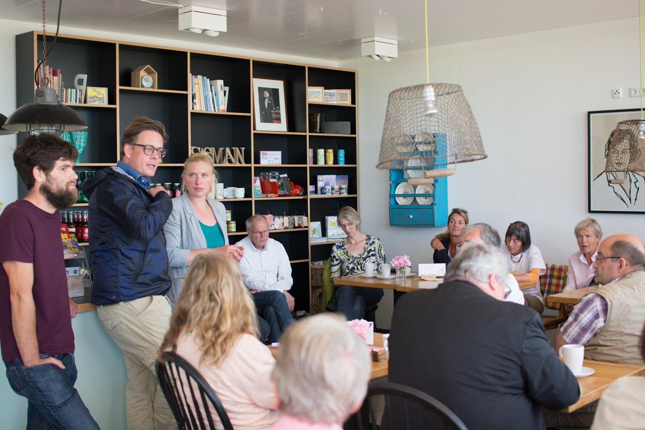 Gespräch mit den Beltrettern und Ostholsteins Direktkandidaten Jakob Brunken